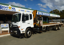 Single Cab 7.8m Tray with Crane (10 Tonne)